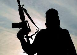 Terrorista islâmico se converte após ir à igreja espionar
